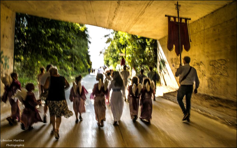 La procession en marche