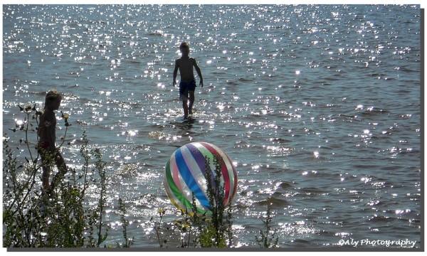 Spelen ,genieten, aan zee, Lauwersoog