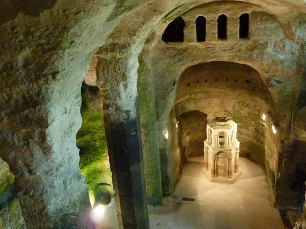 Le Reliquaire de l'église souterraine