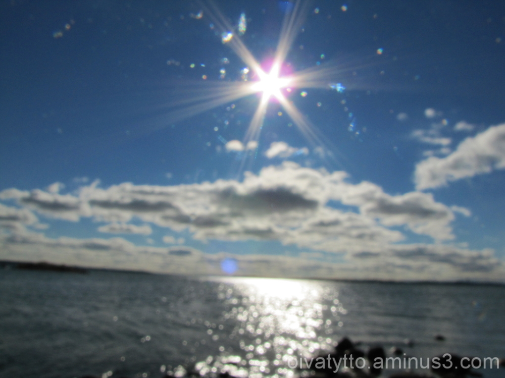 Mid-day sun reflected in the sea!