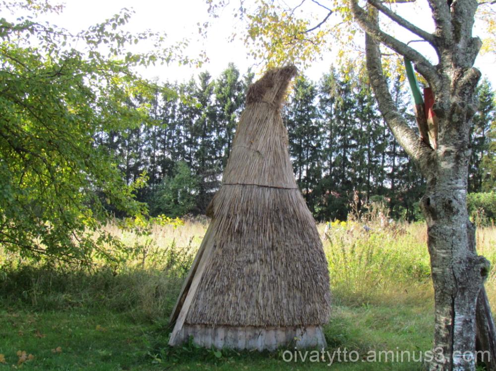 Straw hut!