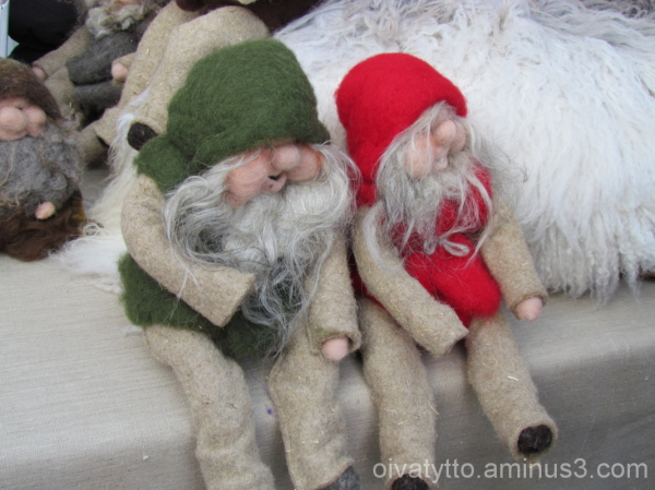 Two elves!