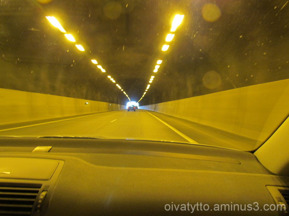 Road Tunnel.