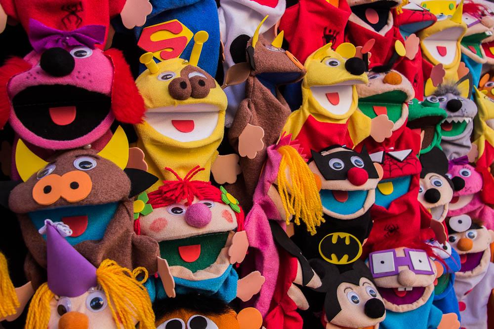 colores puppets feria