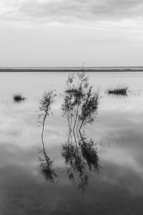beach castelldefels water rain