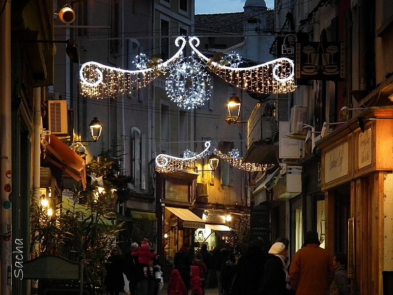 Ruelles décorées pour les fêtes de fin d'année