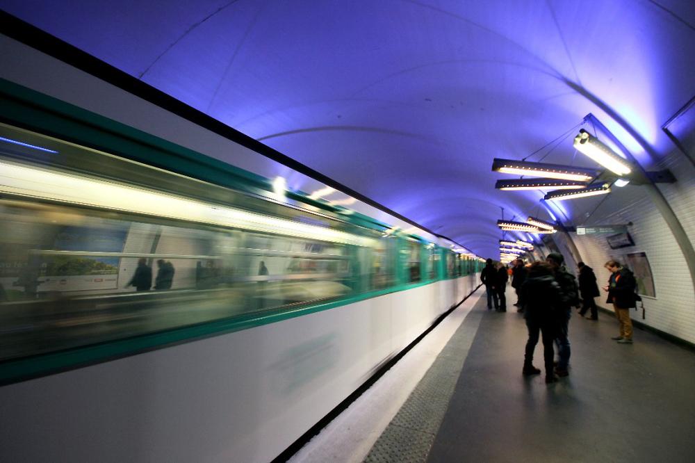 metro quai-metro paris