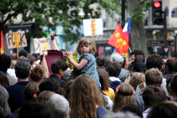 paris manifestation enfance