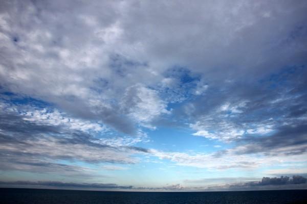 ailleurs mer plage ciel nuage