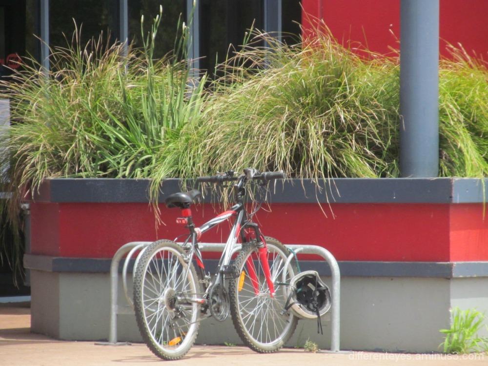 bike outside Dromana shopping centre