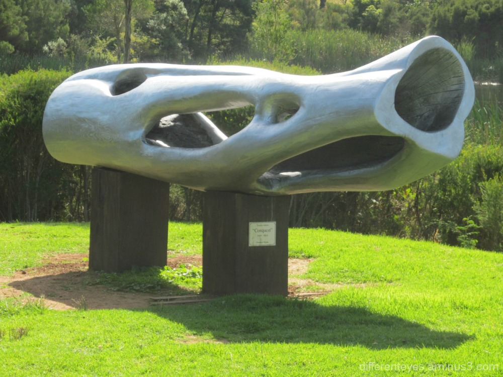 sculpture at Montalto Red Hill
