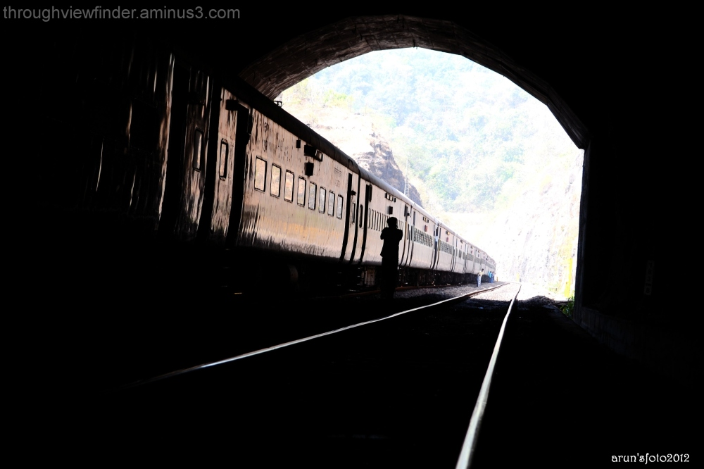 train halt inside a tunnel