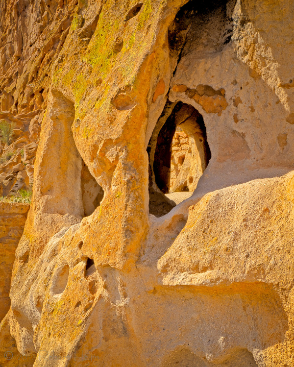 Cliff dwelling at Bandelier National Monument