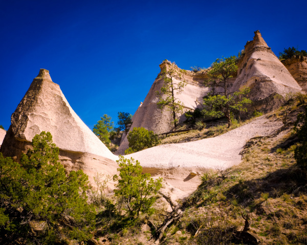 Image of tent-shaped rocks at Tent Rocks NM