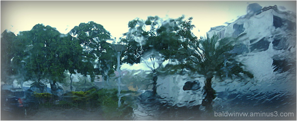 car windshield rain distortion