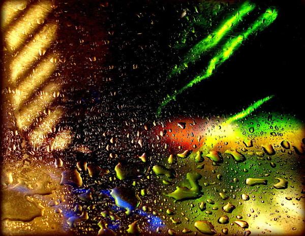 Green lightnings ...