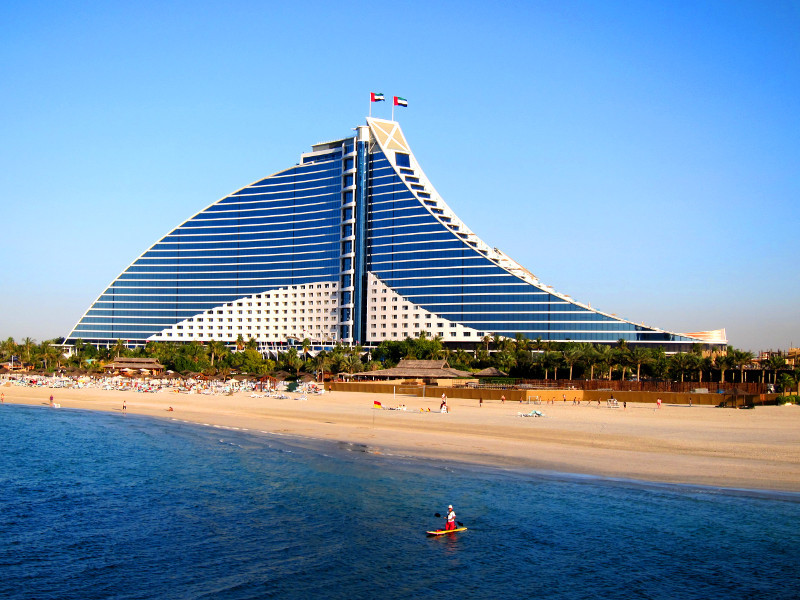 Jumeirah beach hotel dubai architecture photos for Dubai beach hotels