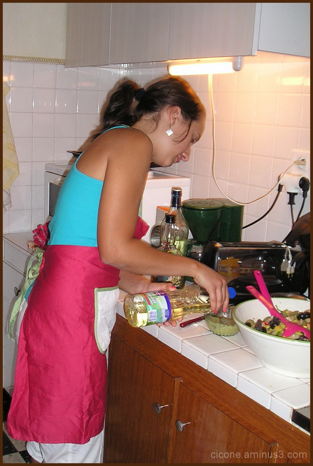 Luiza cooking