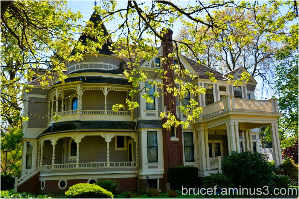 Jesse H. Settlemier House