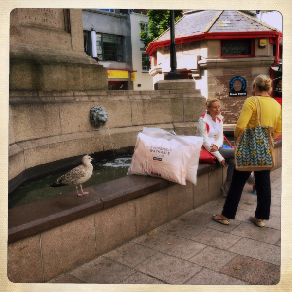 Street photography St-Helier jersey fountain
