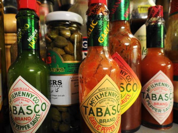 sauce pepper garlic tabasco