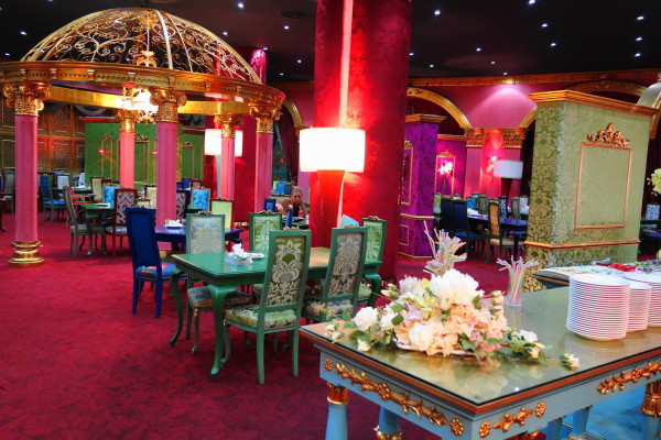 qeshm island persian-gulf city-center restaurant