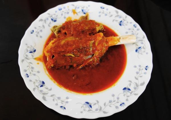 kashan delicious خوراک ماهیچه