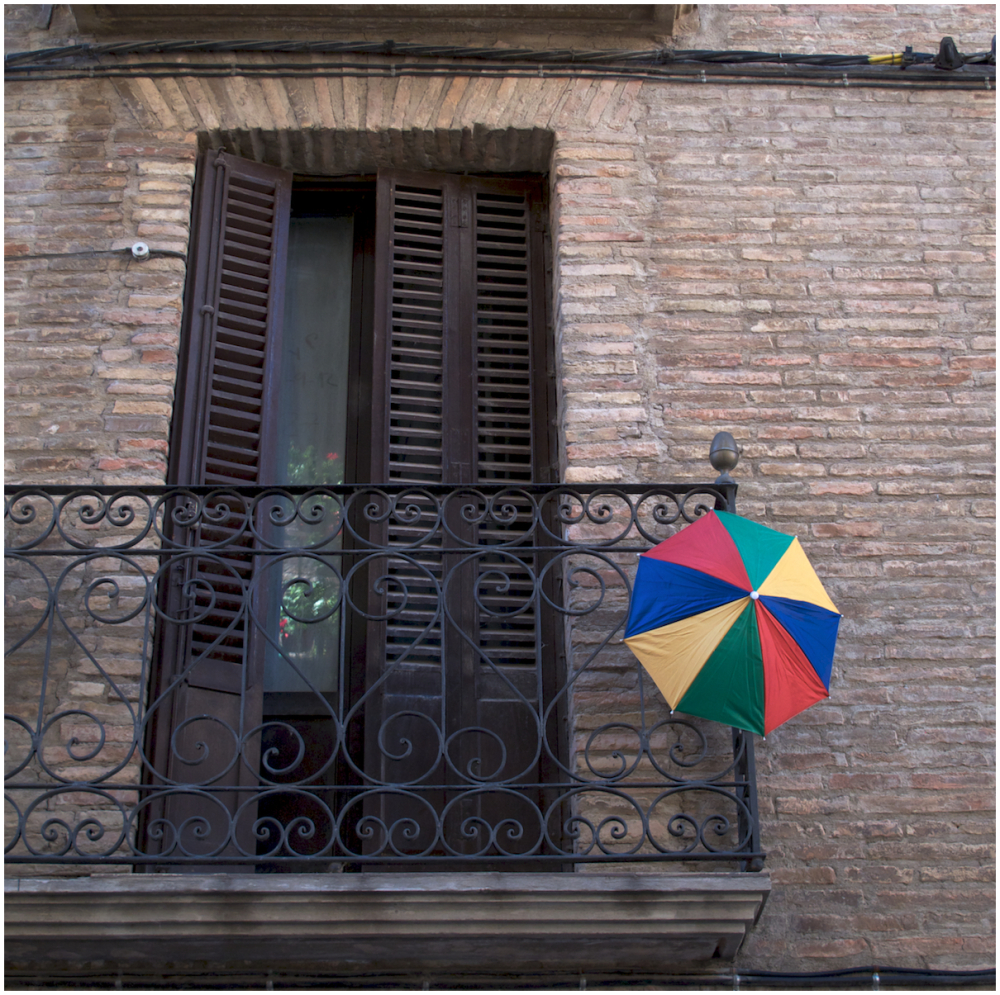 Umbrella balcony