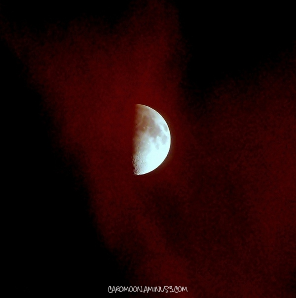 red sky moon