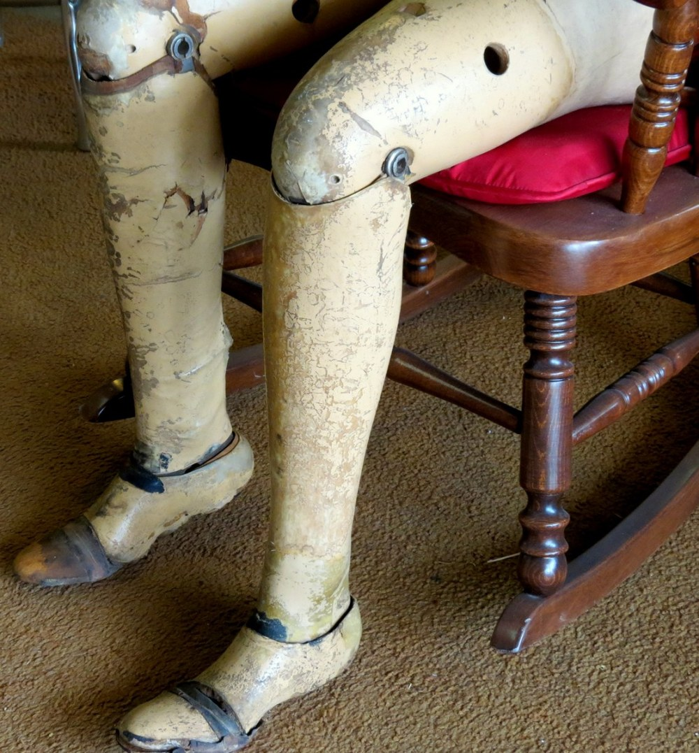 antiques wood-legs