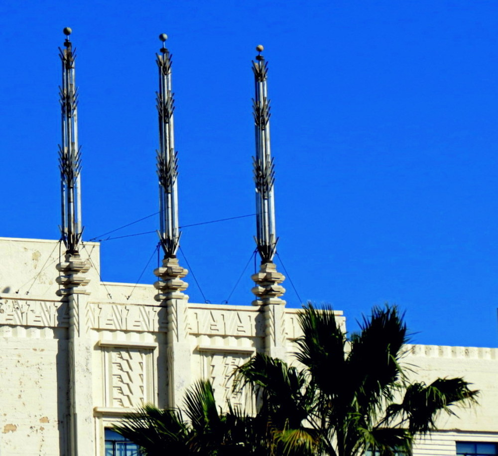 les trois antennes