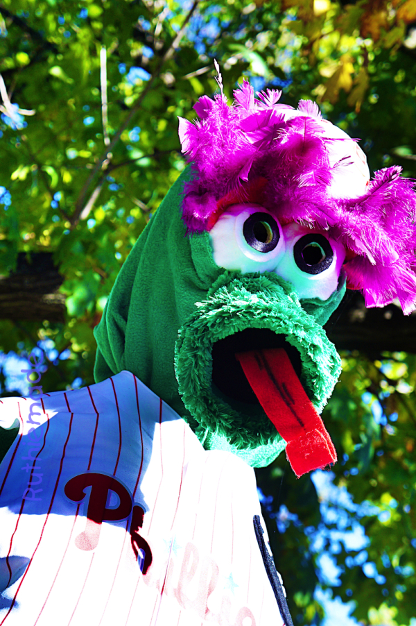 Scarecrow - Philly Phanatic