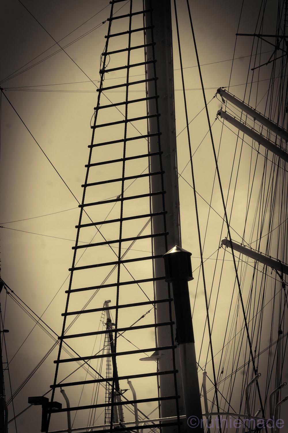 NYC Ship Mast