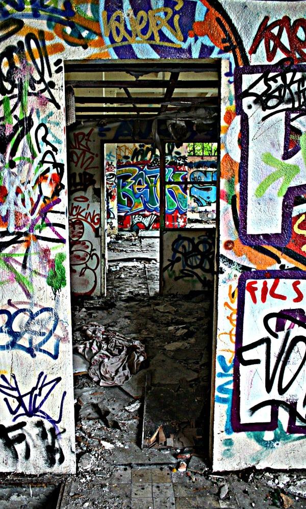 Saint brieuc, centrale, 22, tags, bomber,rue