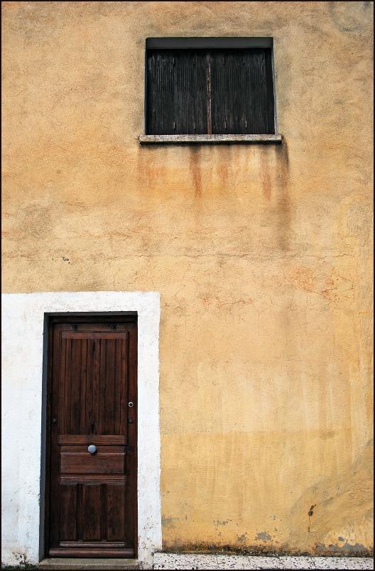 La façade ingrate.