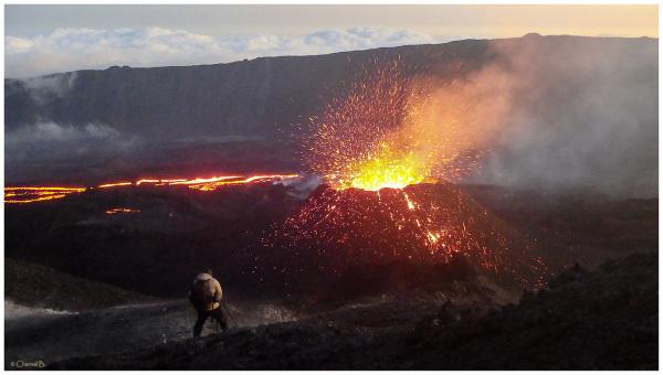 Au plus près de l'éruption