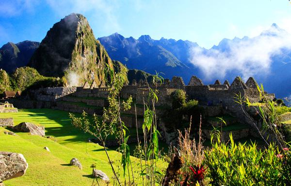 Sunrise in Machu-Picchu, Peru.