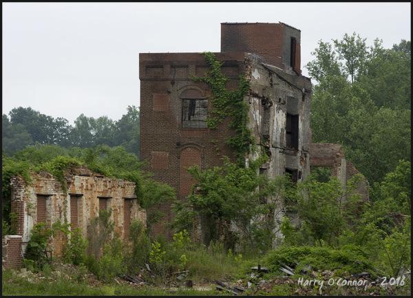 color explore ruin mill
