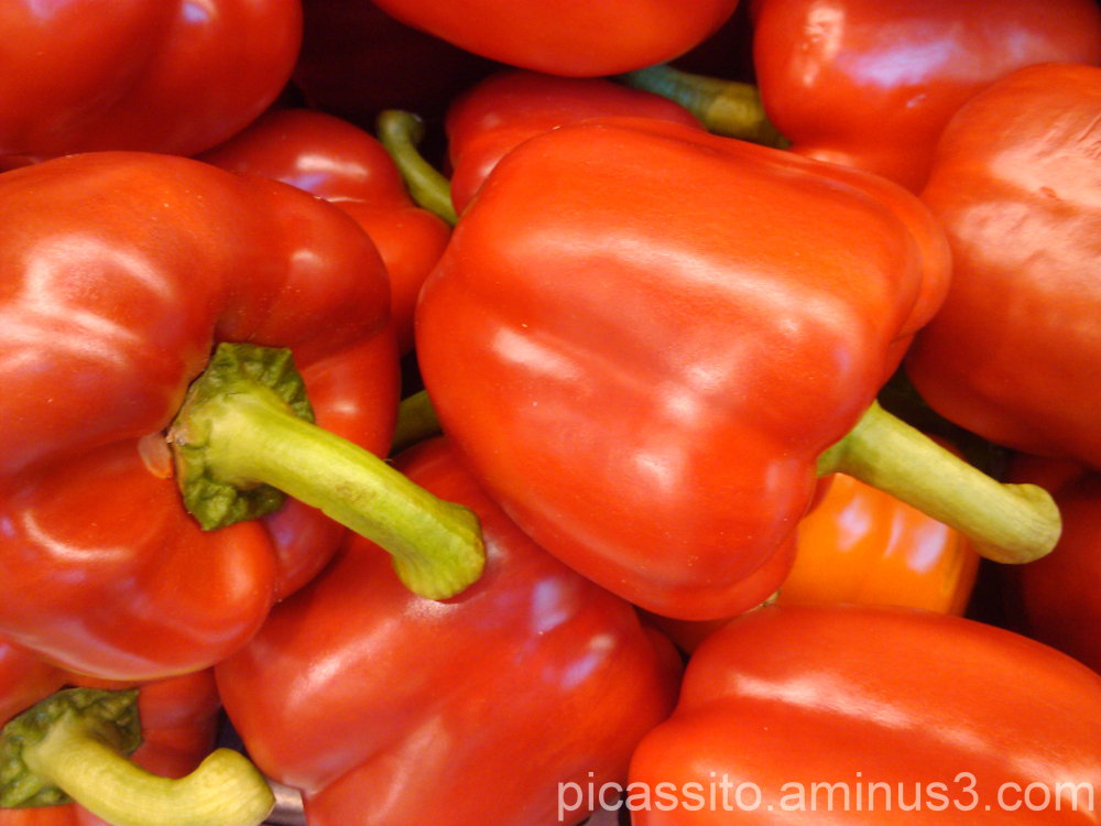 Red Peppers to the Right