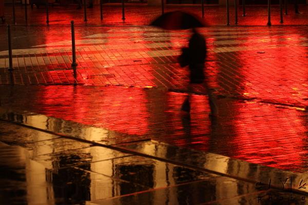 clYk street ghost rain rue fantome ombre nuit