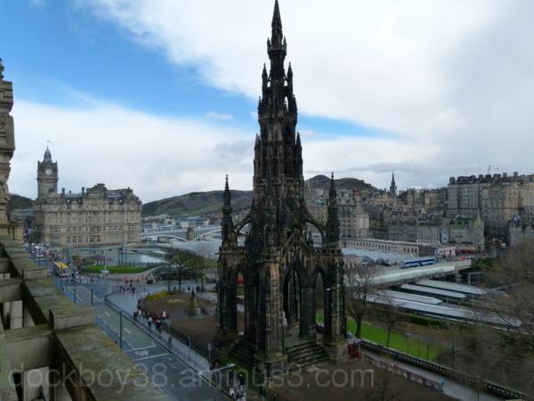 A Walk Around Edinburgh .