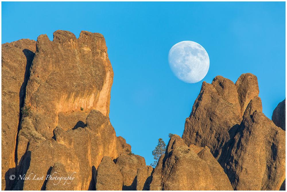pinnacles national park, california,  moon rise
