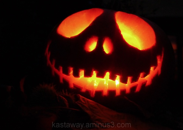 Halloween pumpkin jack lantern orange candle glow