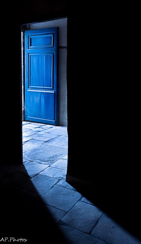 La porte bleue cityscape urban photos alain - La porte bleue en belgique ...