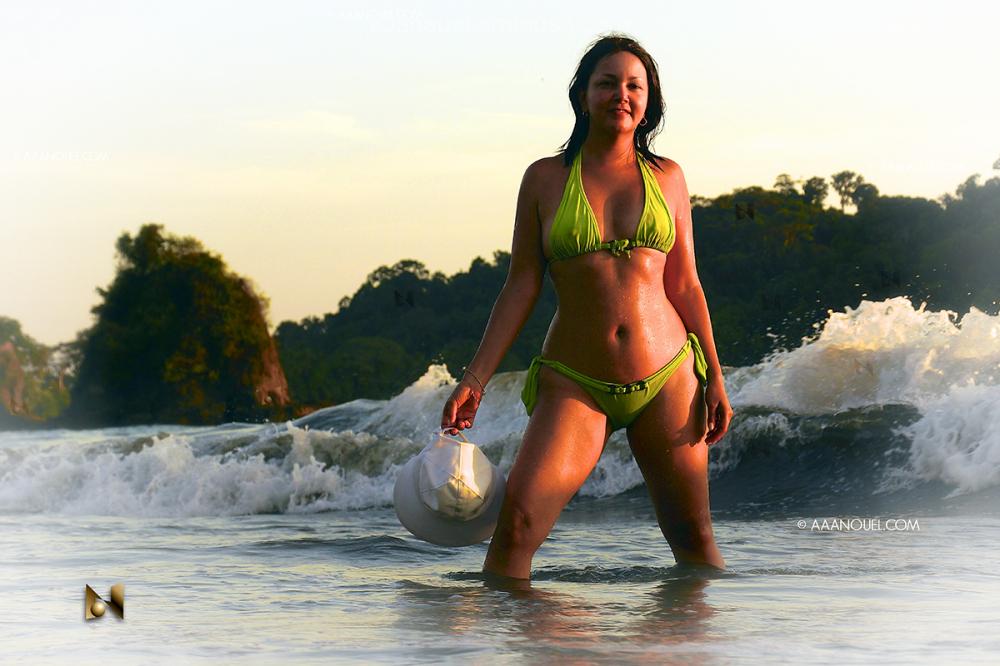 moree playa espadilla costa rica golden aaanouel