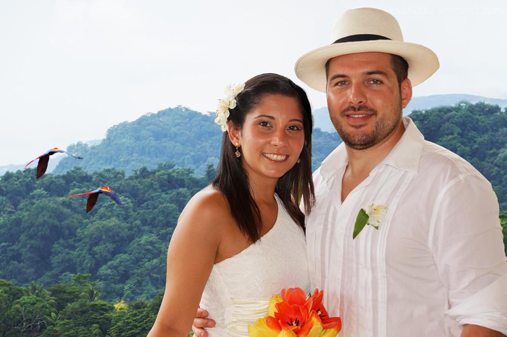 parrots couple wedding life punta leona aaanouel