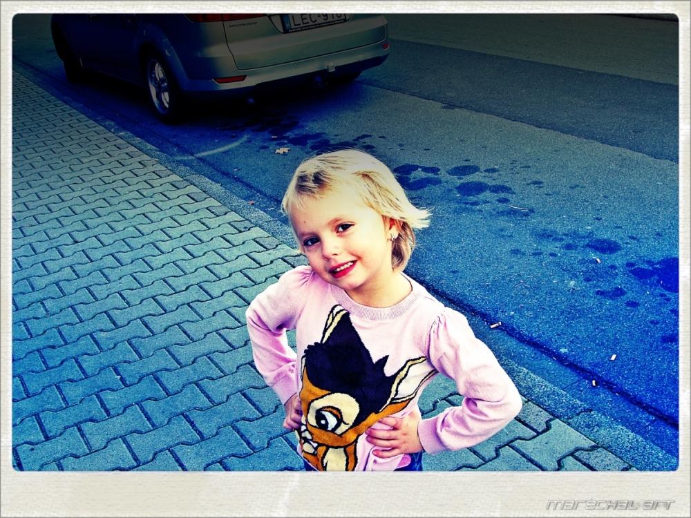 This little girl has fun