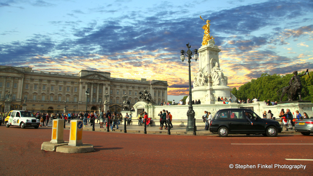 Oz Sunset, London Street