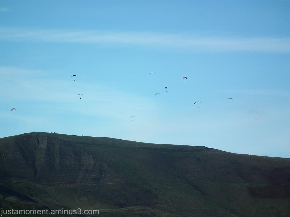 Paragliders over Mam Tor, Derbyshire.
