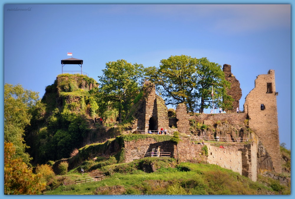 Ruins of Burg Are.....